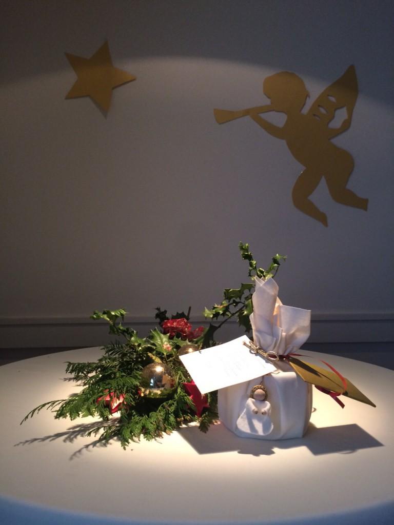 engel aan kerst pakje